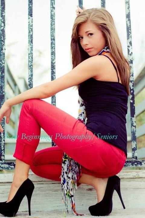 Senior Pictures. Victoria Hernandez