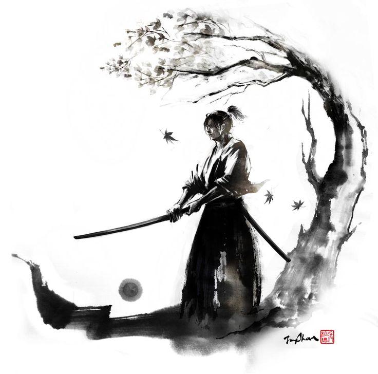 Samouraï homme à l'entraînement et à la relaxation sous un arbre