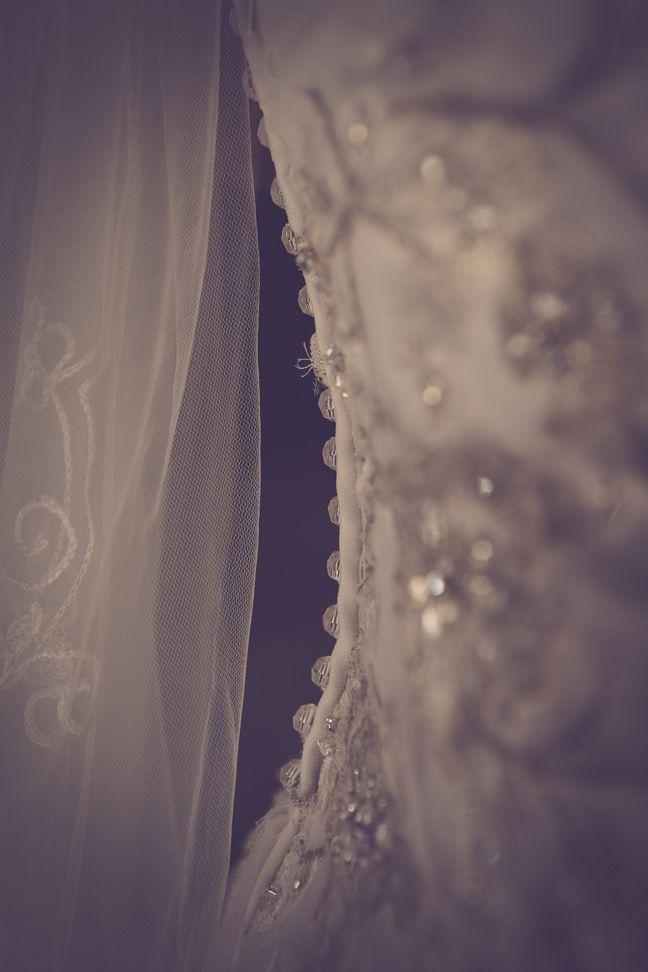 Wedding photos Denmark, Kolding. Bryllupsfotografering i Kolding ved professionel fotograf. Fotografering af bryllupper er en af vores ekspertiser. Unikke bryllupsfotos. Wedding Photographer Kolding, Denmark. http://www.fotografkolding.net/foto/bryllupsfotograf/