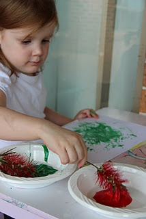 Bottlebrush Christmas painting - Pinned by @PediaStaff – Please visit http://ht.ly/63sNt for all (hundreds of) our pediatric therapy pins