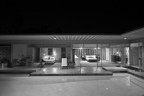 Another great black and white Mid Century Modern photo.