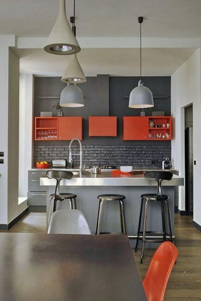 Idée Relooking Cuisine Cuisine Grise Rouge Lustre Gris Modele De - Idee deco cuisine grise