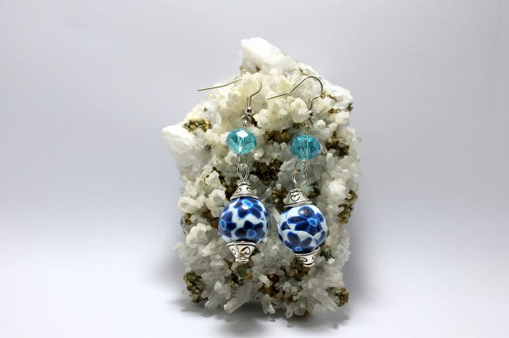 """SUBITO DISPONIBILI! Orecchini """"Blu Magnolia"""" di Il Giardino di Tamara su DaWanda.com  #blu #blue #murrina #murrine #fimo #polymerclay #polymer #clay #swarovski #flower #fiori #romantic #chic #lovely #girl #woman"""