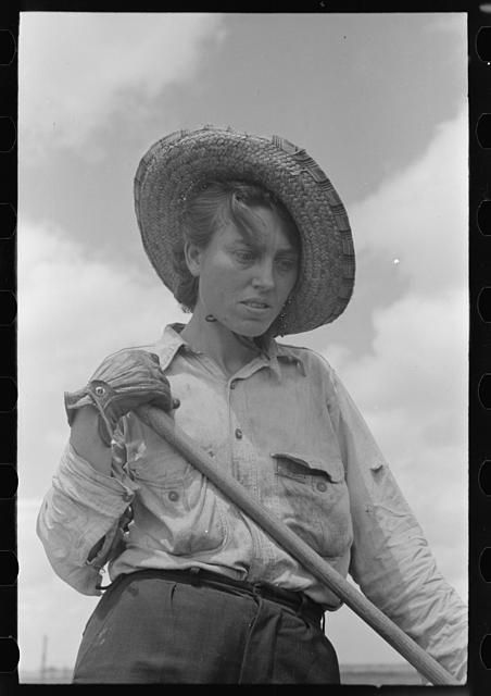 Sharecropper woman worker, Southeast Missouri Farms. By Photographer Russell Lee, 1903-1986