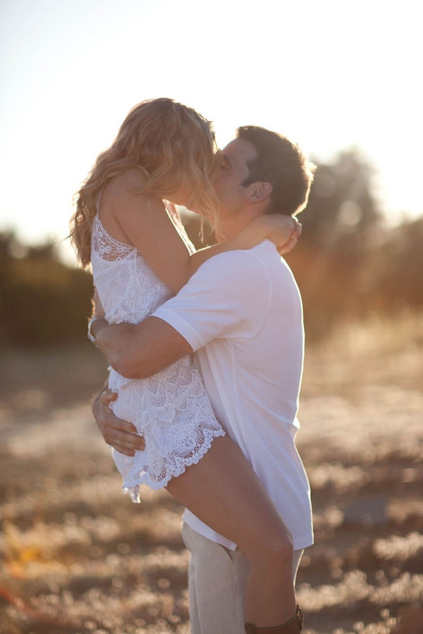 Sexy & cute engagement shoot, can this be me please?Engagement Pictures, Photos Ideas, Engagement Photos, Engagement Shots, Engagement Pics, White Lace, Engagement Shoots, The Dresses, Lace Dresses