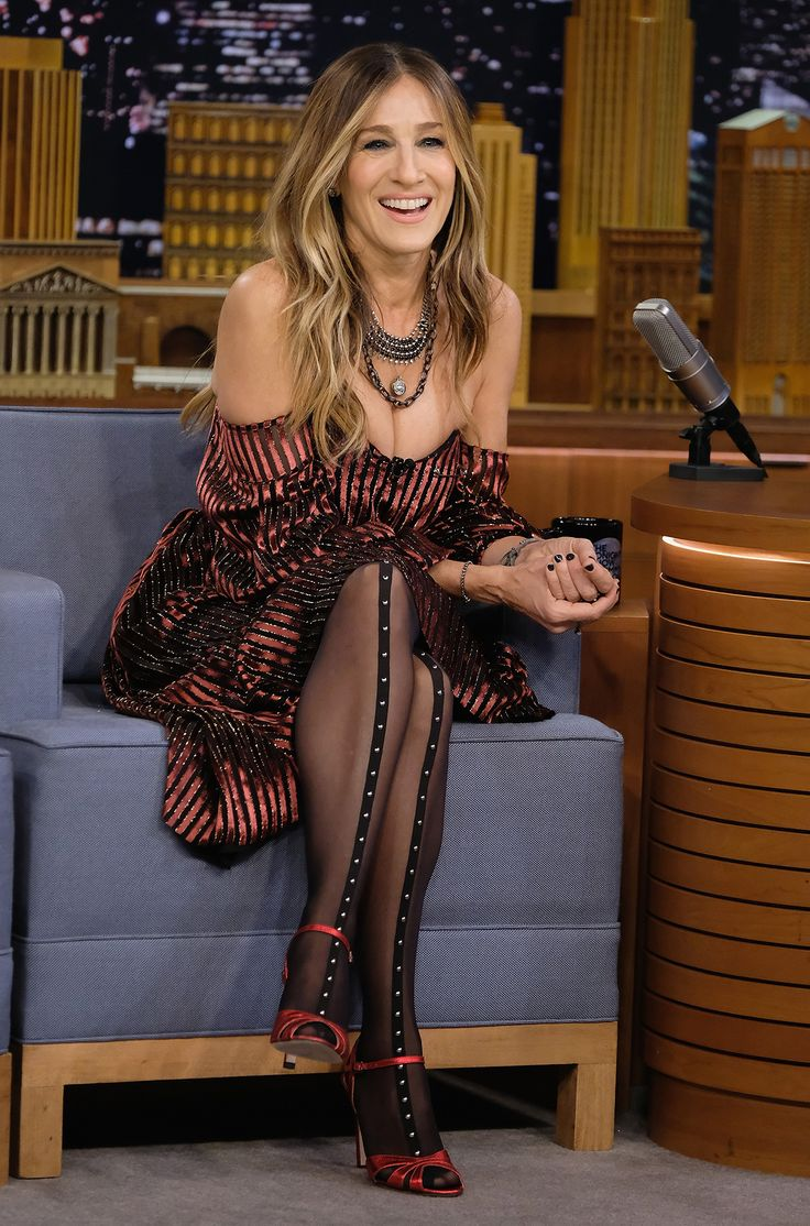 Sarah Jessica Parker Makes Us Confident to Wear Tights ...