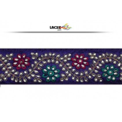 This awesome design is of Kundan Work . Its product code is: 012659 , Its size is: 68 mm. Material used is 100% Polyester .Price: Rs1,732.00 / 9 Meter Roll