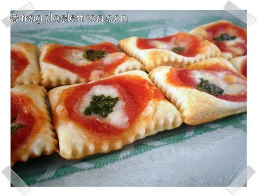 PIZZETTE SFOGLIA ALTE E CROCCANTI fragolaelettrica.com Le ricette di Ennio Zaccariello #Ricetta