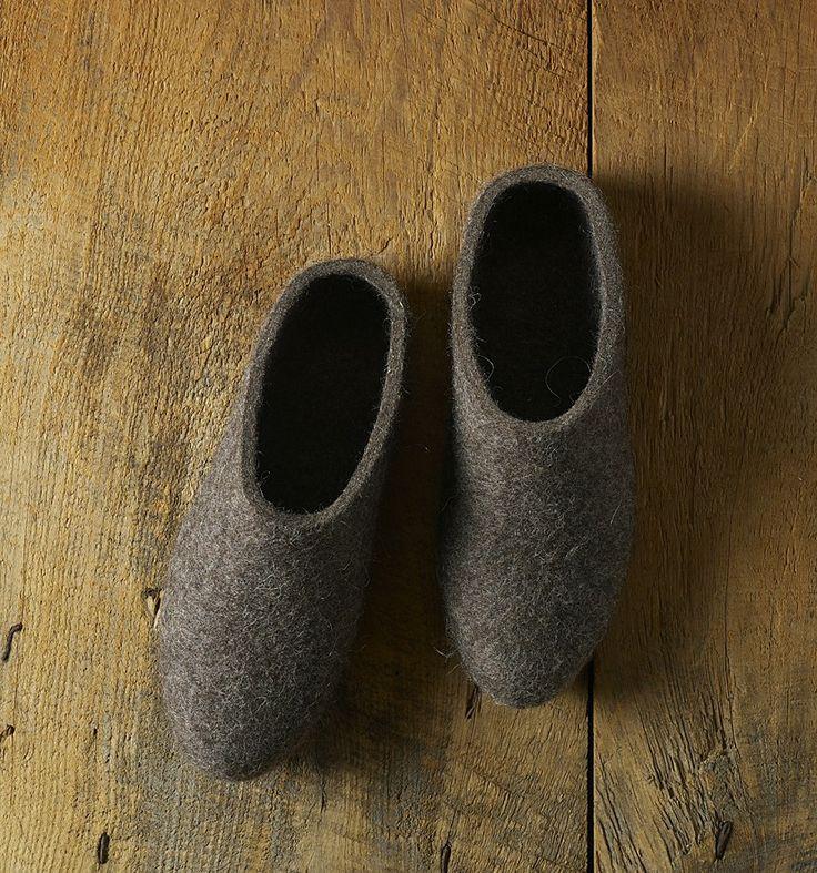 Finnish felt slippers, suomalaiset huopatossut