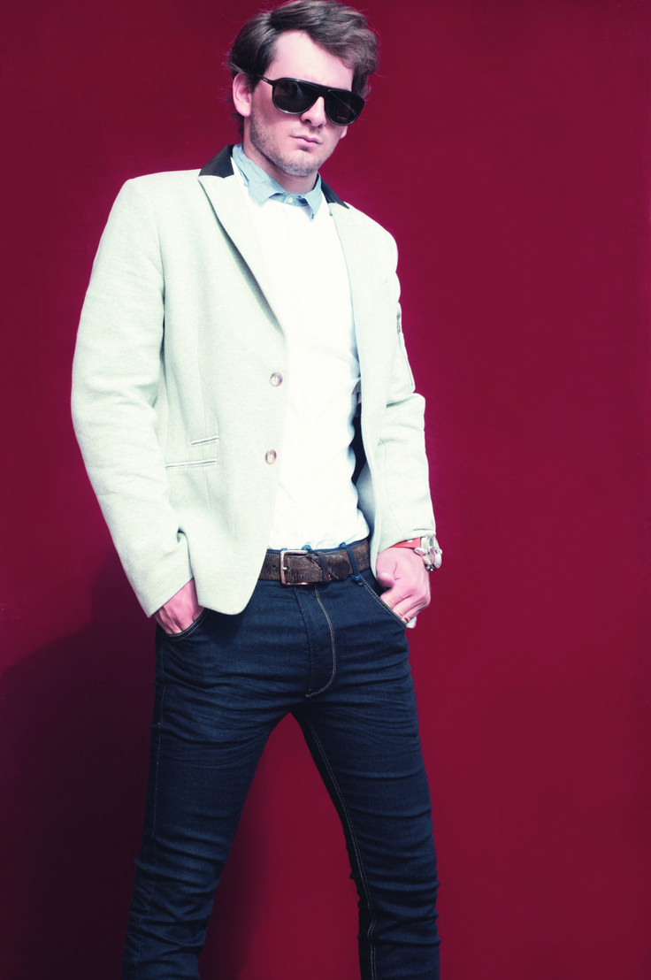 Elegancia, personalidad y mucho estilo. Pronto #RevistaLaQuinta edición 26