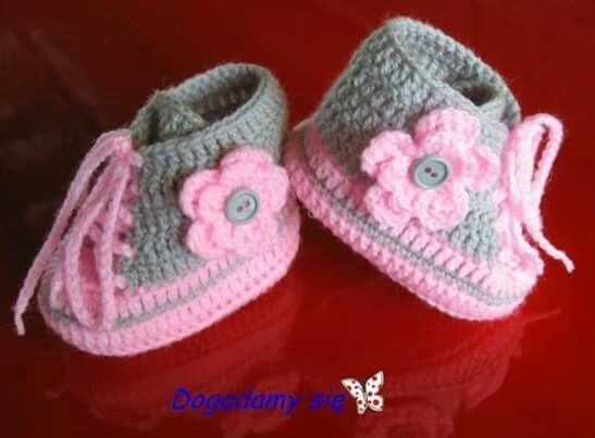 Abc Knitting Patterns Baby Booties : Pin af Anni Christaly pa Baby Pinterest