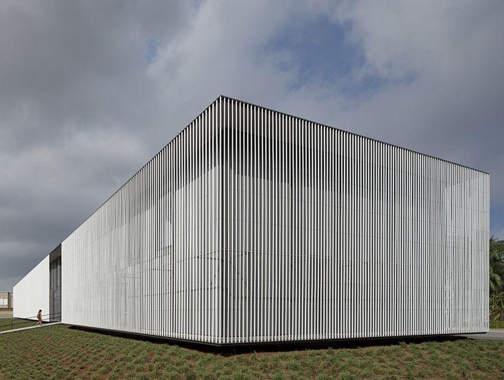 OAB + Peñin Arquitectos || Biblioteca Municipal en Vila Real (Castellón, España) || 2009-2011