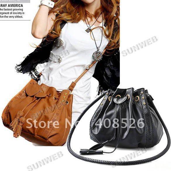 http://www.aliexpress.com/item/2012-New-Style-Women-s-Lady-Hobo-PU-Leather-Handbag-Fashion-Shoulder-Bag-Purse-Free-Shipping/594928593.html2012 New Style Women's Lady Hobo PU Leather Handbag Fashion Shoulder Bag Purse Free Shipping 5606-in Shoulder Bags from Luggage & Bags on Aliexpress.com
