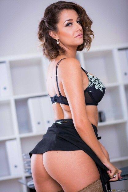 Cara St Germain Nude Photos 100