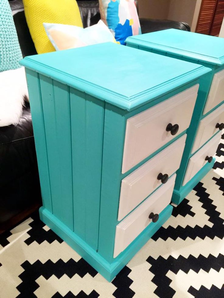Set of modern bedside drawers which were painted with a custom mix of Annie Sloan florence and old white to make this gorgeous turquoise colour.