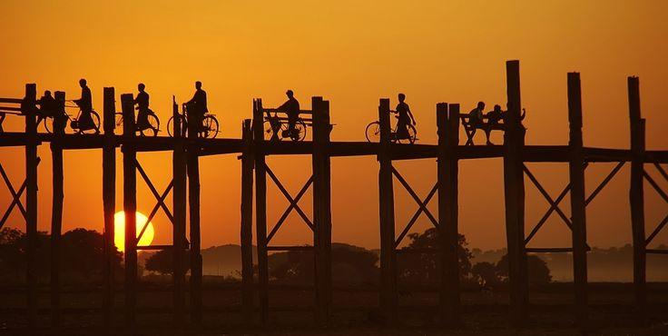 Zonsondergang U Bein brug (gemaakt in U Bein's brug)
