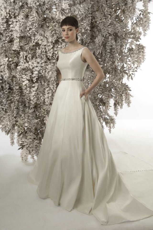 CHRISTINE DANDO DESIGNS Audrey Hepburn Christine Dando A Line Wedding Dress Pure Silk Dupion