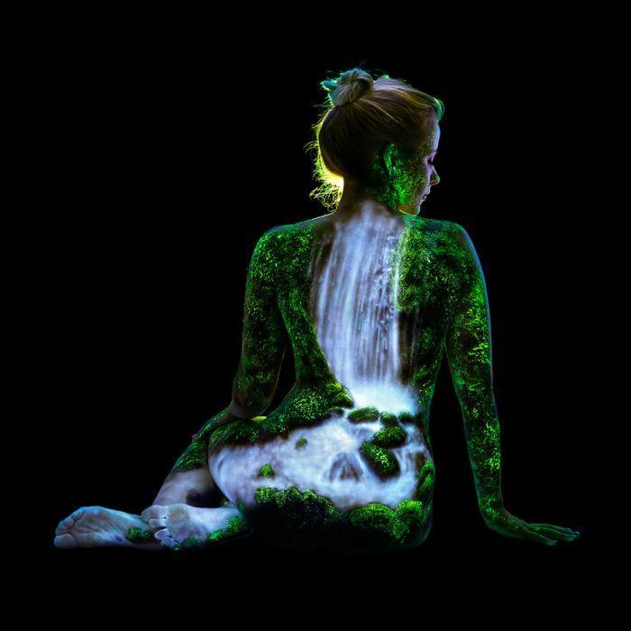 7. Vízesés az esőerdőben