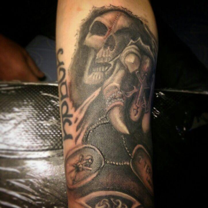 Tu novia #tattoo #legion