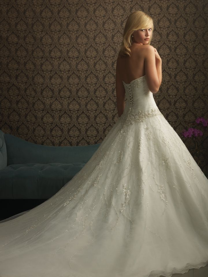 Allure Bridals : Allure Collection : Style 8769 : Available colours : White/Silver, Ivory/Silver (back)