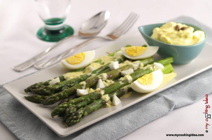Asparagi grigliati con salsa all'uovo - My cooking idea