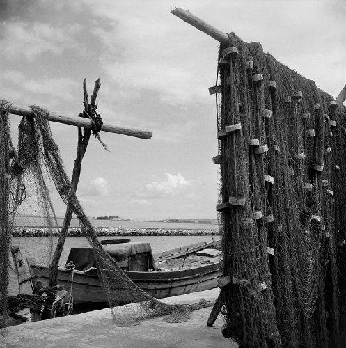 Απλωμένα δίχτυα. Λευκάδα, 1950-1955 Βούλα Θεοχάρη Παπαϊωάννου