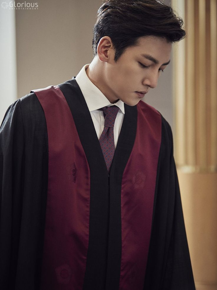 "[Drama] Even more behind-scenes photos of Ji Chang Wook in ""Suspicious Partner"" 