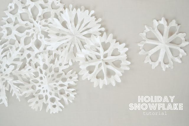the pink couch: Holiday Snowflakes- photo tutorial