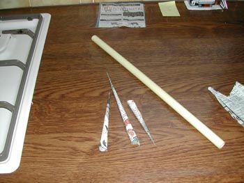 Pijltjes maken van de AVRO Bode en wegschieten met een pvc buis.