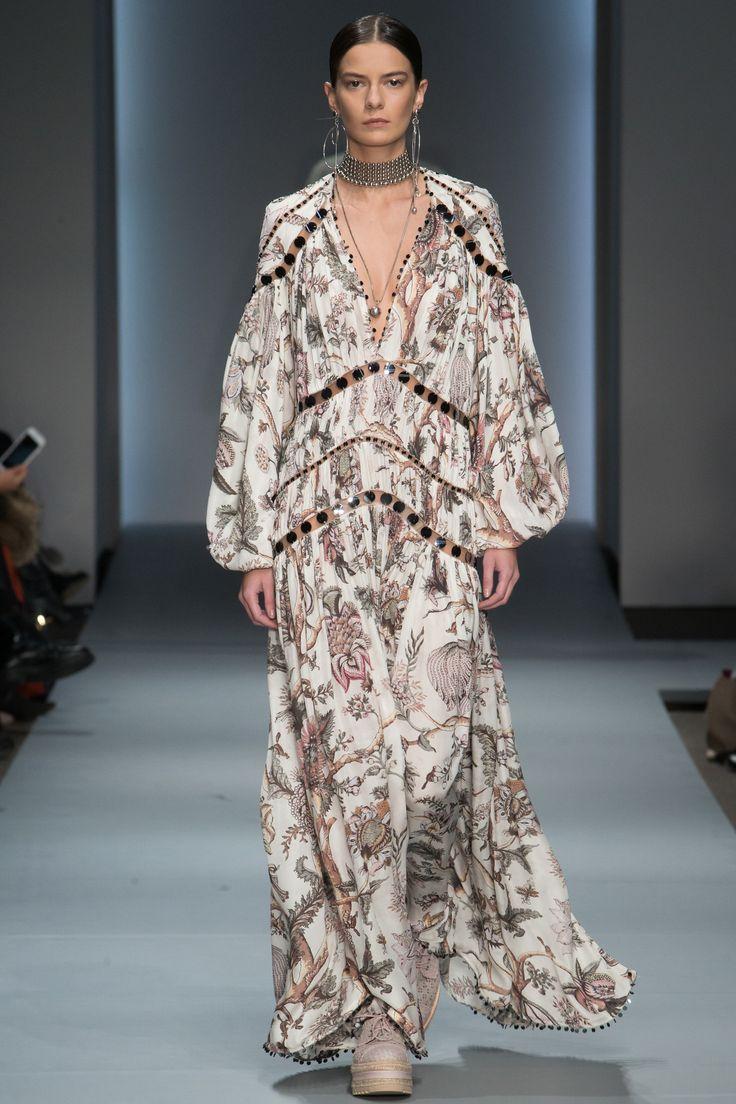 Zimmermann Fall 2016 Ready-to-Wear Fashion Show