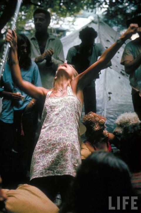 Woodstock - particularly fond of this photo.Festivals 1969, Woodstock Festivals, Life, Vintage Everyday, Woodstock 69, Flower Power, Bill Eppridg, Woodstock 1969, Auguste 1969