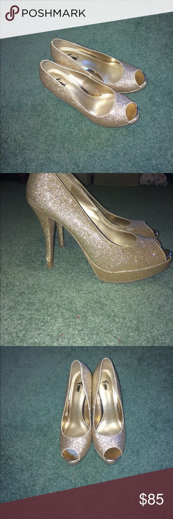 Gold Sparkly High Heels Bought these heels for prom, they have been worn 3 times. They are in great condition but there is a small piece of the heel that rubbed off (as pictured) when I accidentally scraped in on concrete. They are size 8 MAJOR PRICE DROP!!! Shoes Heels