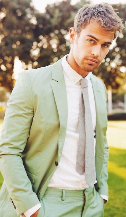 theo james. Marry me please!!!