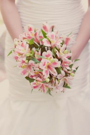 alstromeria-bouquet | photography by http://www.mariamackphotography.com