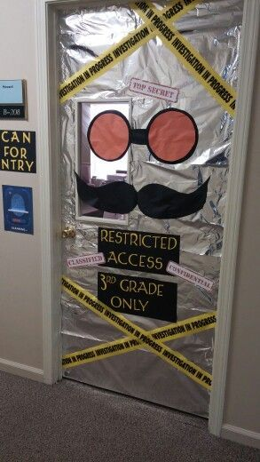 Looking for an awesome classroom door idea for your mystery or detective theme classroom? Here it is! (picture only)