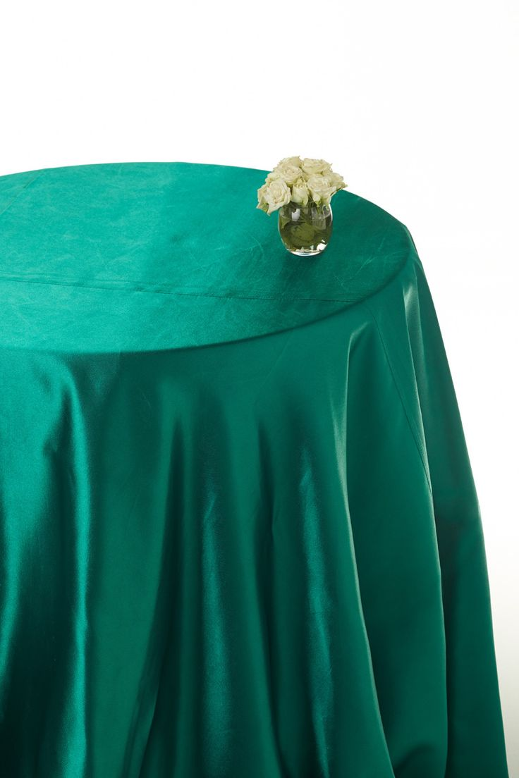 Hunter Green Satin Rounded Table Cloths Green Table