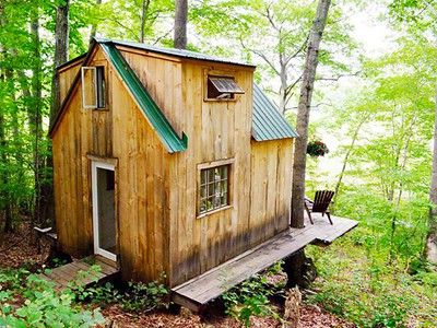 Romantic tiny forest home built in 6 weeks for $4,000