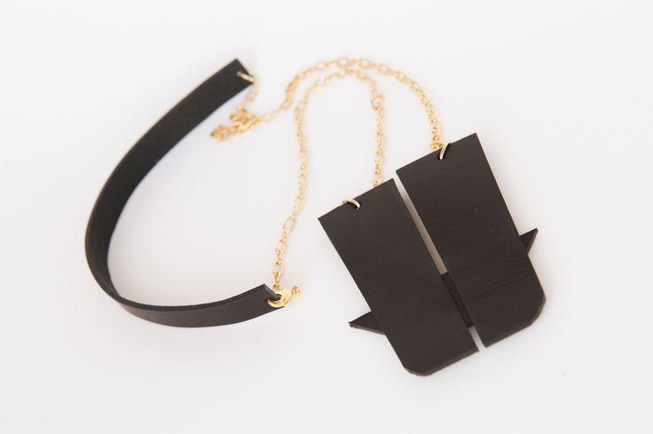 MERET leather necklace