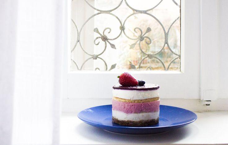 """Il momento più bello dei compleanni, per me, è il momento della torta. So già a cosa starete pensando """"per forza,è il momento in cui si mangia!"""". No, non intendevo quello. Intendevo di…"""