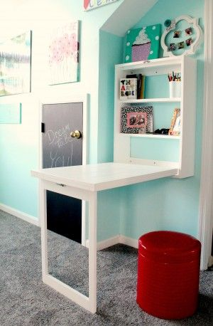 This Murphy desk only cost about $30 and 4 hours to make! Saves so much floor space and doubles as a photo frame when it's closed!