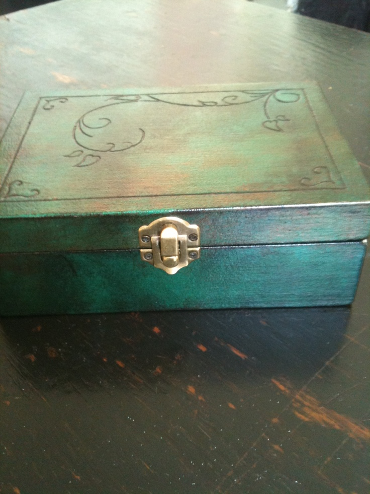 Wood engraved jewelry box - Carved with dremel, diy!