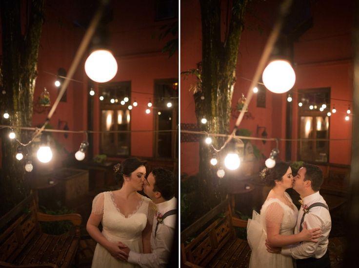 """Após nove anos de namoro, Marcelinho planejou um pedido de casamento muito especial. """"Compramos um apartamento, que deveria ter sido entregue em setembro de 2014, mas a obra atrasou e o apartamento só foi entregue em fevereiro de 2015. Marcelinho queria fazer o pedido de casamento dentro do nosso novo lar e, como já tinha ..."""