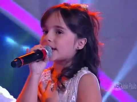 Cute little girl singing - love me like you do