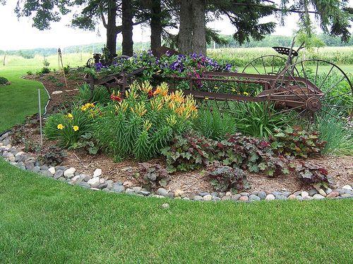 www.rocklandscapeinc.com Rock Landscape & gardens, Wi. This is my backyard, freshly planted