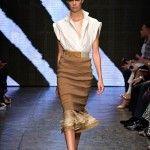 Donna Karan 2015 SS => www.giyimvemoda.com/donna-karan-2015-ilkbahar-yaz-defilesi.html