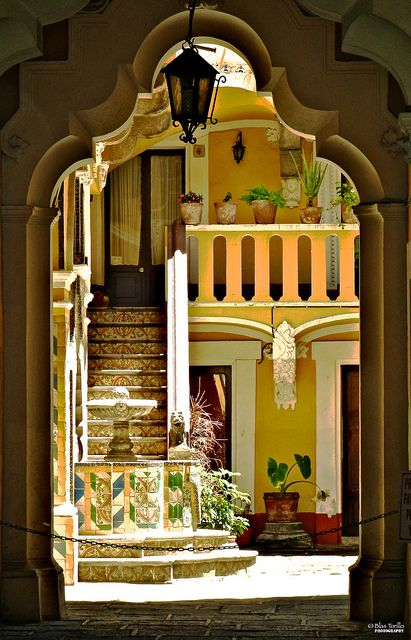 GORGEOUS courtyardAmazing Entrance, Beautiful, Design Bedrooms, Puebla Mexico, Originals Gift, Gift Cards, Christmas Holiday, Places, Bedrooms Interiors