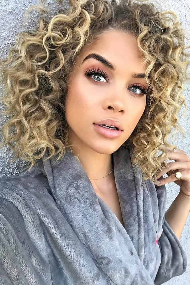 20 Spiral Perm Ideas To Pull Off The Timeless Trend Lovehairstyles Com In 2020 Medium Hair Styles Curly Hair Styles Medium Length Hair Styles