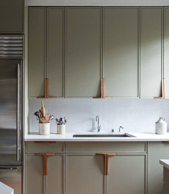 The Warmth of Wooden Cabinet Pulls — Kitchen Inspiration