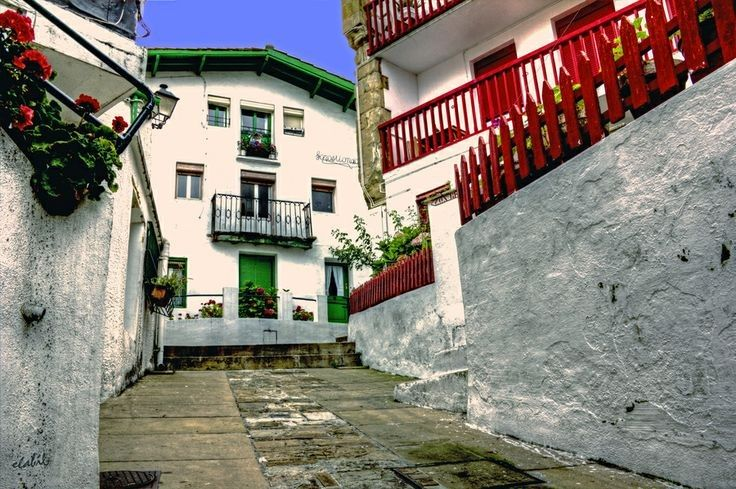 El Puerto Viejo de Algorta. Casi el lugar más bonito del mundo