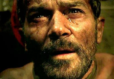 An exclusive 1-on-1 chat with Antonio Banderas about how they kept the story of The 33 Chilean miners compelling for those that already know the outcome.